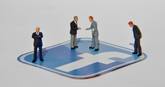 Facebook cria série de introdução para pequenas e médias empresas