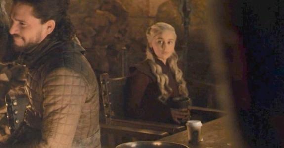 Copo do Starbucks aparece em episódio de Game of Thrones